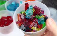 lego-gummy-bears-1
